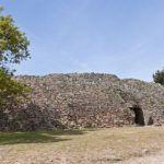 L'entrée du Dolmen sur l'île de Gavrinis