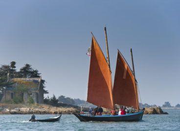 Balade en sinagot dans le Golfe du Morbihan ©Emmanuel Berthier