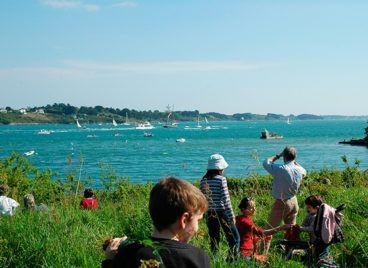 Activités pour les groupes dans le Golfe du Morbihan Balades le long du sentier côtier
