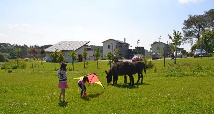 Jeux d'enfants aux Hauts de Toulvern