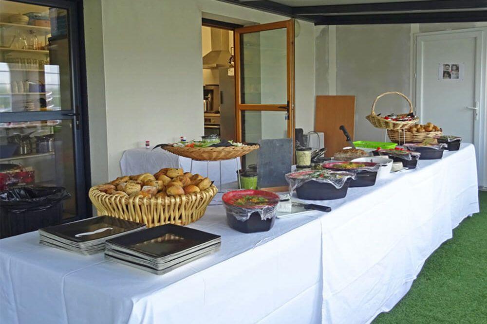 Réception buffet pour un groupe